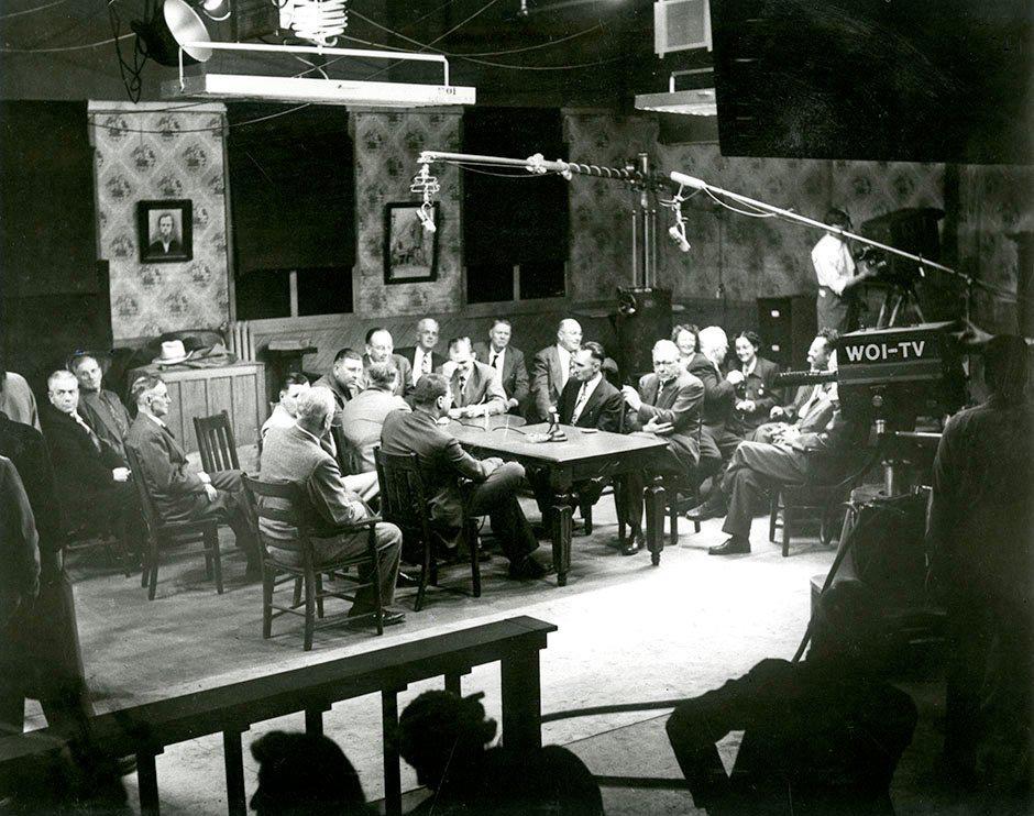 Айова университетіндегі телеарна, 1952 жыл